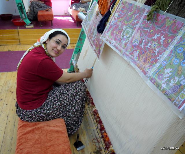 トルコ旅行記 19 カッパドキアの絨毯屋さん_a0092659_22334922.jpg