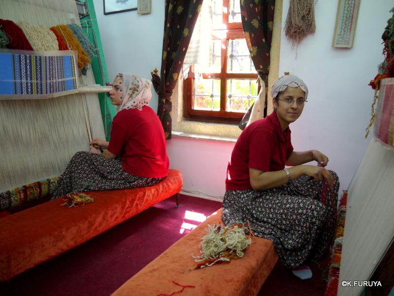 トルコ旅行記 19 カッパドキアの絨毯屋さん_a0092659_22405496.jpg