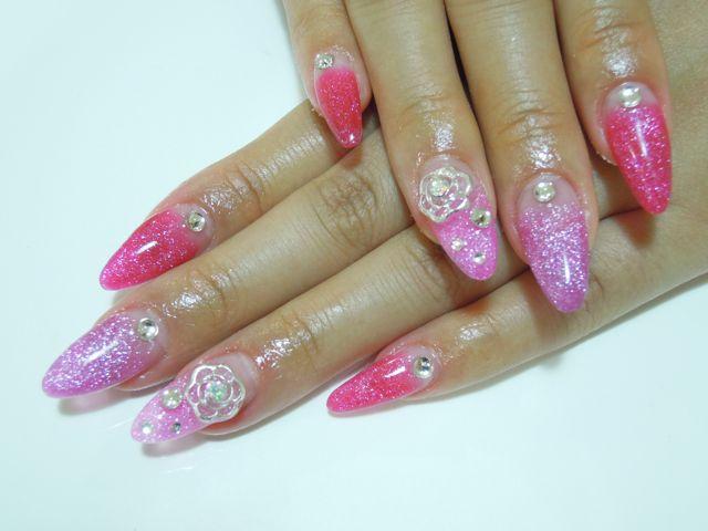 Pink Nail_a0239065_1858438.jpg