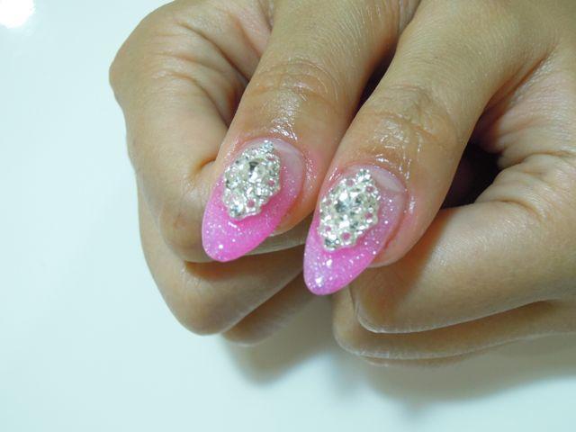 Pink Nail_a0239065_18584547.jpg