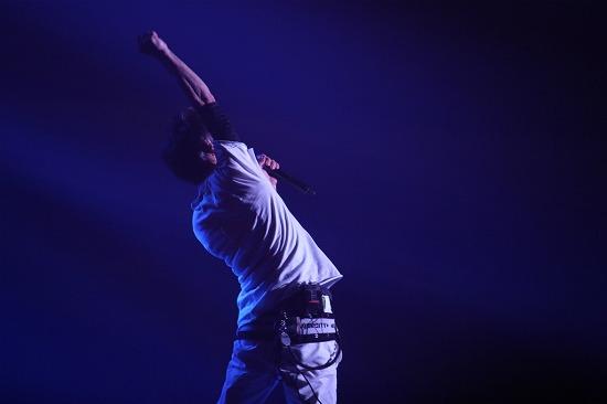 UVERworldが初のアリーナツアーを代々木第一体育館よりスタート!_e0197970_1501659.jpg