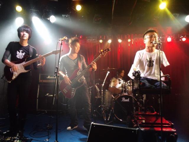 乙武くんのバンド Copwerking ライブへ行ってきました♪_f0186787_19145487.jpg