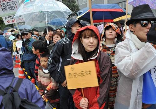 「翼をください」:東電、ミンス党、在日、電通、朝鮮カルトに捧げる歌_e0171614_951328.jpg