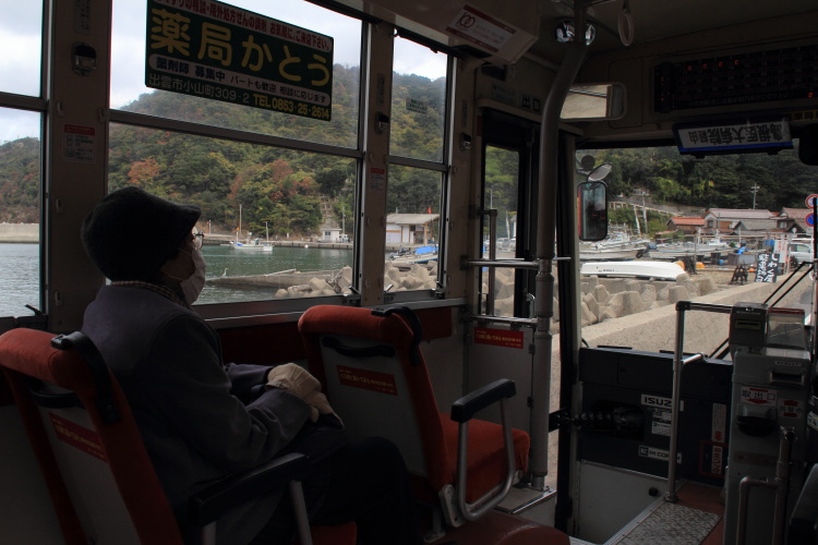 出雲市大社町鷺浦  鷺隧道、未来へのトンネル_b0061717_192721.jpg