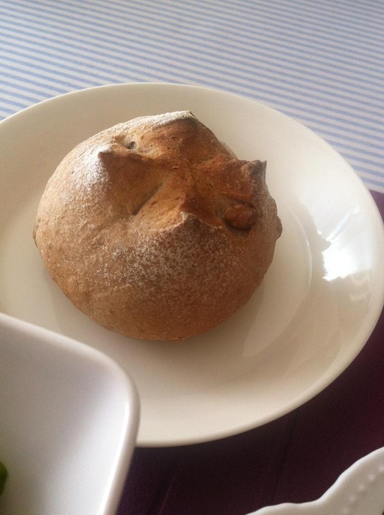 あや先生のレッスン「バゲットショコラ」 & 今月のあやパン!!_f0141419_6302678.jpg