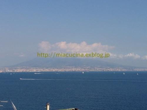 ナポリへ a Napoli_b0107003_016386.jpg