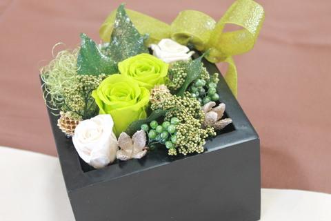 女子高生のみなさんとお花を_e0201009_16585183.jpg