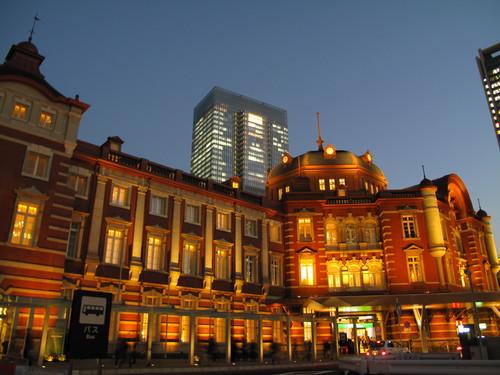 The  Tokyo  Stasion (JR 東京駅) 下車_d0150720_15462610.jpg