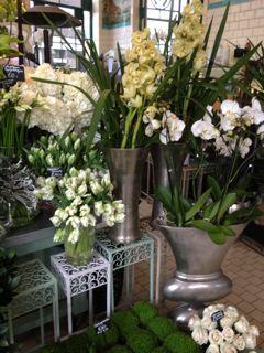 花で溢れたLONDON_f0061394_202992.jpg