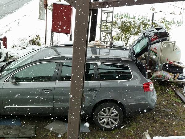 雪だど~~~!_c0127703_2228578.jpg