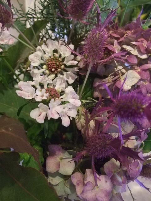 オークリーフ花の教室(北条さんの作品)_f0049672_1622447.jpg