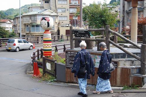 裏磐梯 : 仮設住宅へ_c0124100_042016.jpg