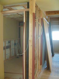 木建の枠取付け完了。_b0131012_2103196.jpg