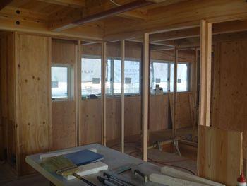 木建の枠取付け完了。_b0131012_211141.jpg