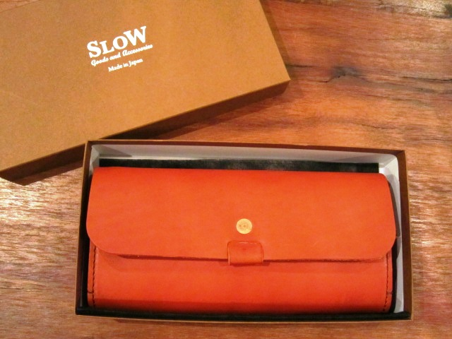 "SLOW \""toscana\"" long wallet ご紹介_f0191324_9345619.jpg"
