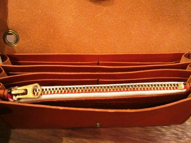 "SLOW \""toscana\"" long wallet ご紹介_f0191324_935364.jpg"