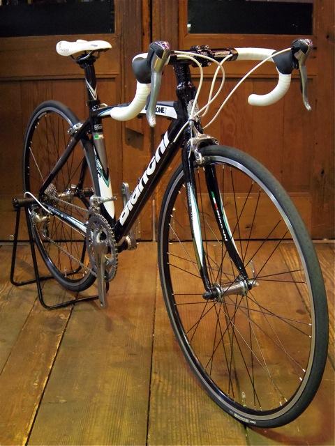Bianchi Via Nirone 7Alu Tiagra (Used Bike)_e0132852_139107.jpg