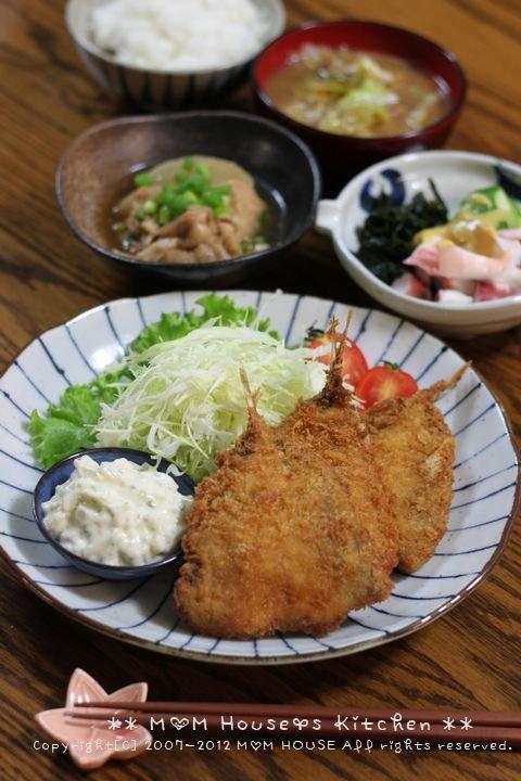 お弁当と晩ご飯 ☆ 沖縄に初上陸 メガドンキ♪_c0139375_1341033.jpg