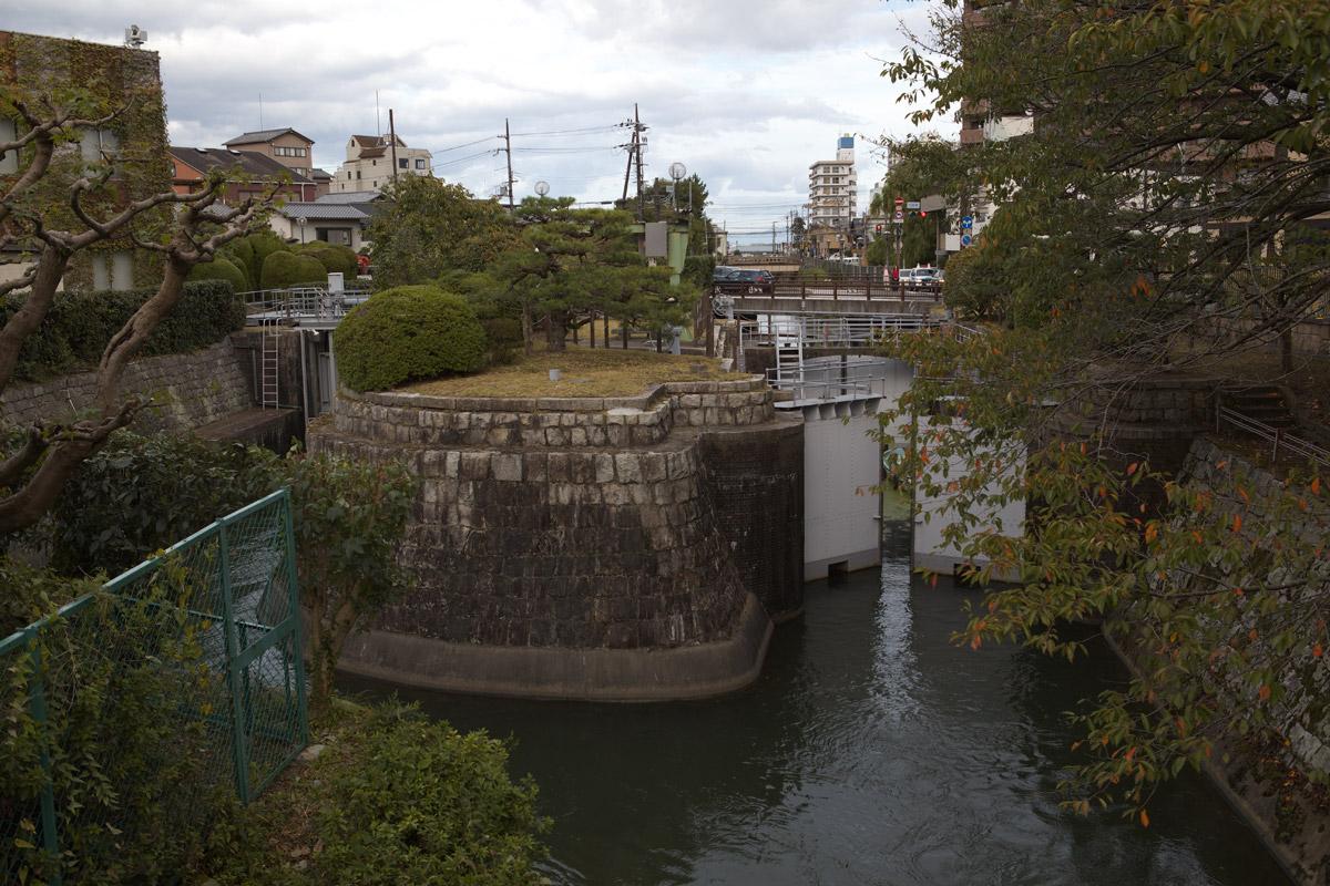 琵琶湖疏水_b0023523_2248370.jpg