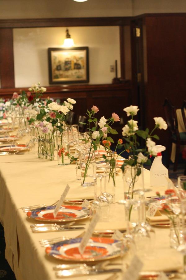 思い出のテーブル 紅葉と紅茶のバラで シェ松尾青山サロン様へ_a0042928_18501426.jpg