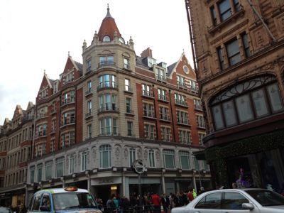 ロンドン到着_f0095325_8362147.jpg