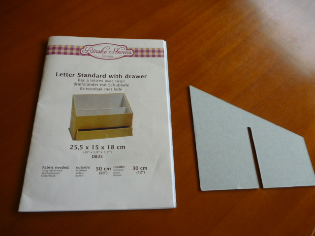 考 仕切りのある箱の作り方_b0242032_11472027.jpg