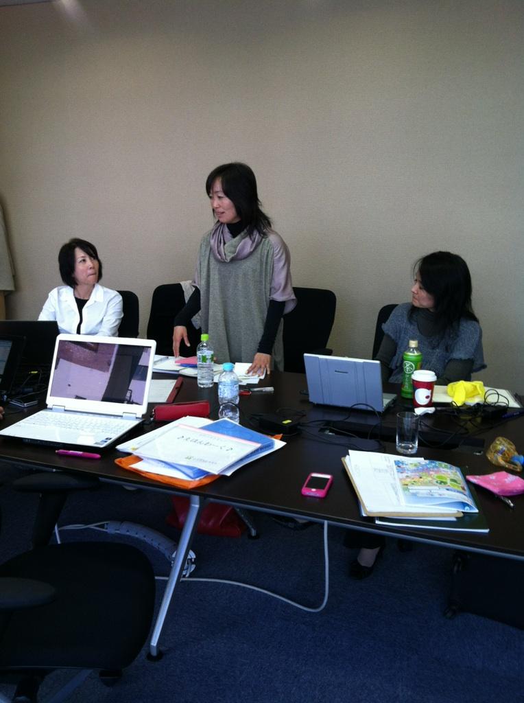プロジェクト会議_b0226863_13504219.jpg