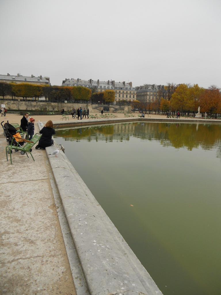 パリの風景いろいろ_a0066869_5591674.jpg