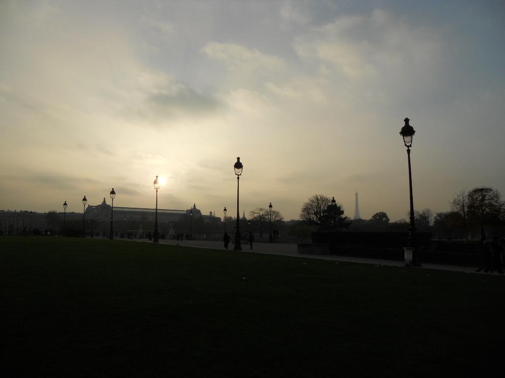 パリの風景いろいろ_a0066869_603235.jpg