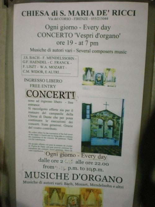 夜の食事の後はフィレンツェの夜の街を散策ー色んなものに出会えます!!_c0179785_19281591.jpg