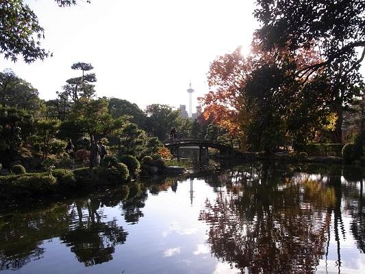 秋の京都・渉成園_c0192215_8415891.jpg