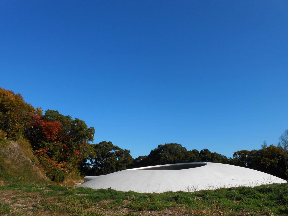 瀬戸内海に行ってきました。豊島美術館大好き。_a0095931_21561556.jpg