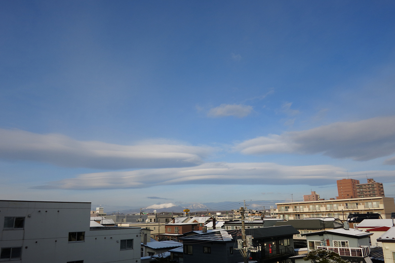 不思議な雲_a0160581_20395057.jpg
