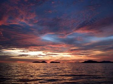 ピピ島方面へ!_f0144385_23585442.jpg