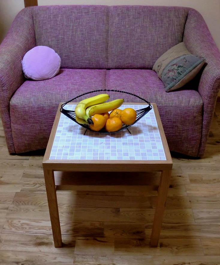 ソファのためのミニテーブル_f0171785_161826.jpg