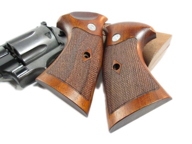 CAW コクサイ S&W M29用 木製グリップ_f0131995_1627403.jpg