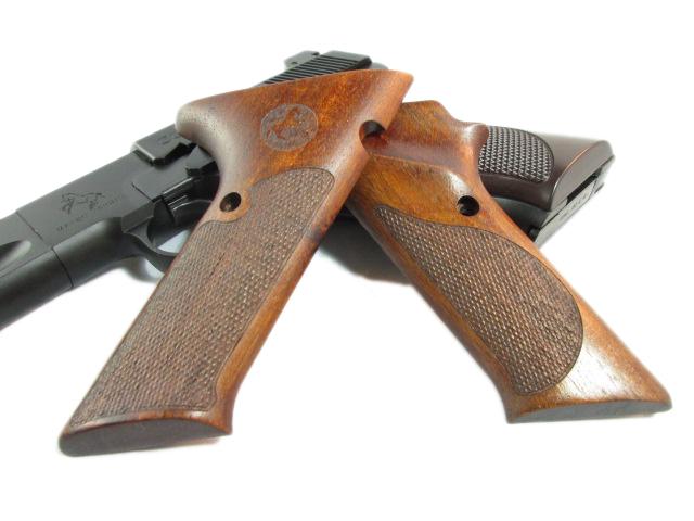 CAW COLT ウッズマン用 コルト刻印 木製グリップ モデルガン_f0131995_16385029.jpg