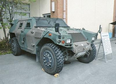 軽装甲機動車がやって来る!_d0050503_8271786.jpg