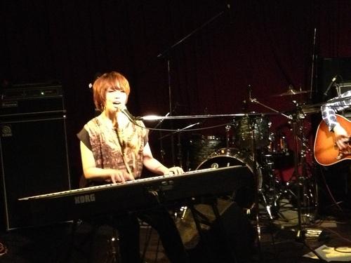 ライブに行ってきました!!_a0164918_1432024.jpg