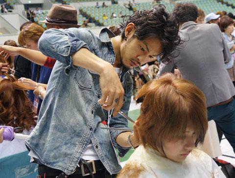 【brace】ミルボンDesignersAbility in Osaka 今里店土橋がコミュニケーション部門で受賞!_c0080367_16283069.jpg
