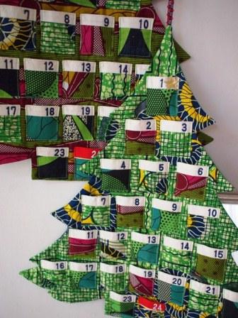 オリジナルなクリスマスを演出する、アフリカンプリントのノエルタペストリー☆_b0207873_7111254.jpg