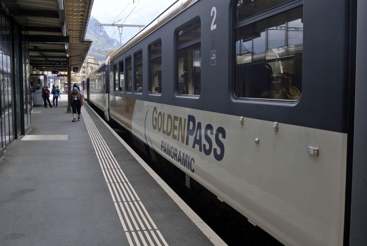 スイス紀行20 番外編5:次は列車の旅にしたい・・・_a0148206_9132582.jpg
