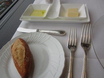 エメラルドランチ ~フェルメールの食卓~_a0150910_21252456.jpg