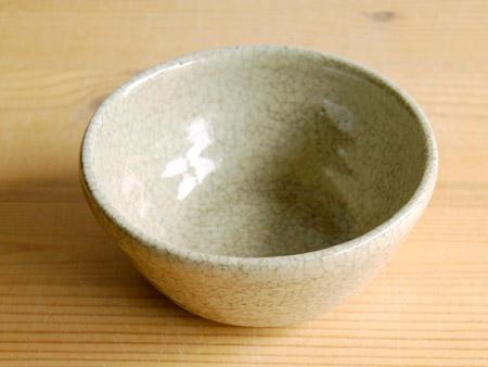 福永さんの個展から。長石釉のうつわ。_a0026127_1574322.jpg