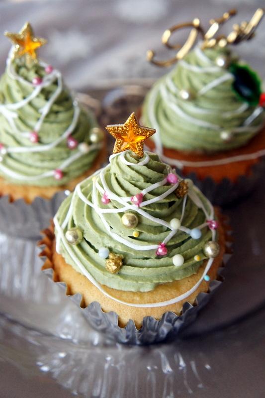 クリスマスツリーケーキの試作_d0210450_7175087.jpg