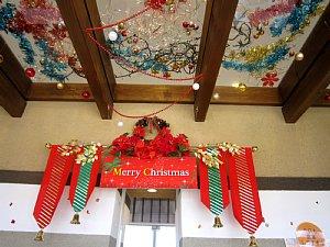 クリスマスムード漂う店内へ♪_c0141652_14275957.jpg