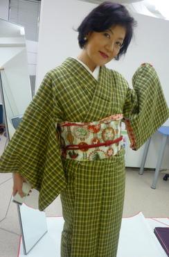 JAZZシンガー・高村緑さんの、きものの楽しみ方!!_f0205317_9412273.jpg