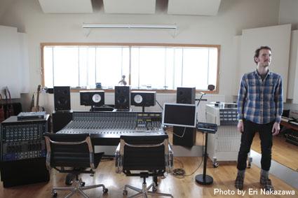 アイスランド・エアウエイブス2012(3):濃厚・満足スペシャル・スタジオツアーは未発表音源や凄い生演奏_c0003620_23393369.jpg