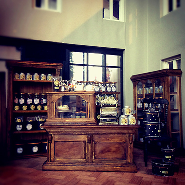 miniature* Tea shop_e0172847_10425873.jpg