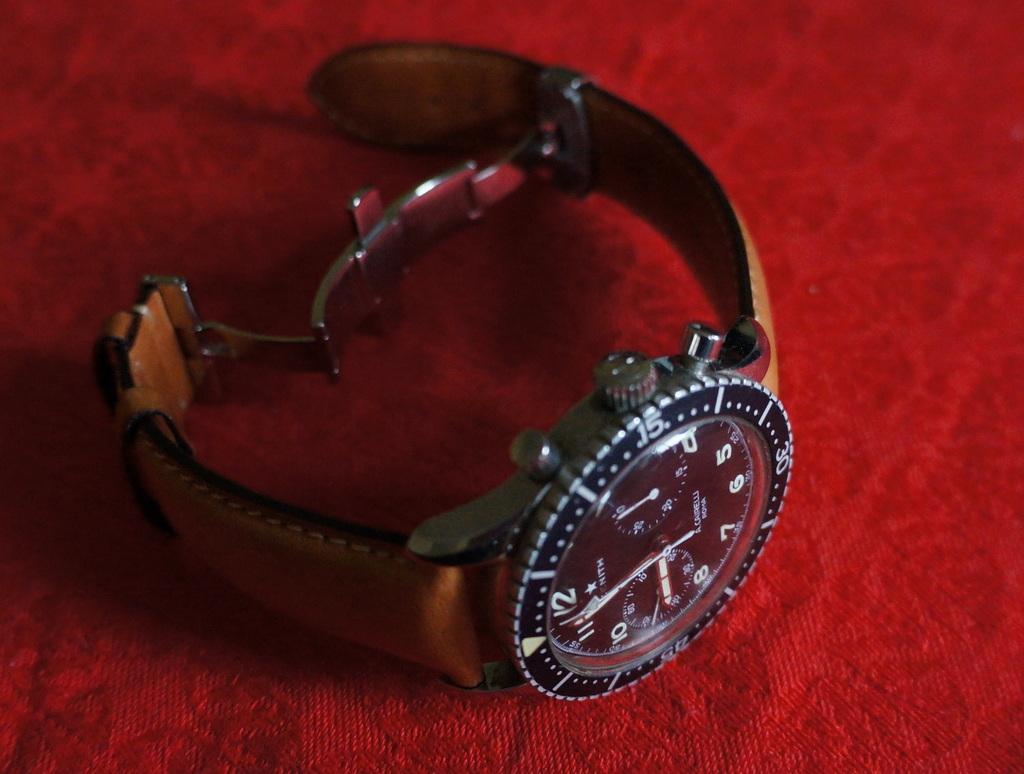 手元に残った2つの腕時計。_c0180686_7202727.jpg